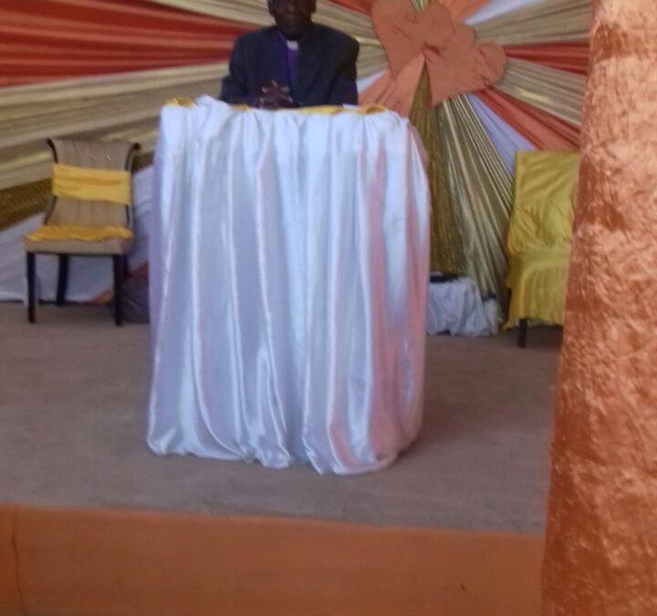 Primeiro Culto e Batismo no Novo Templo em Angola