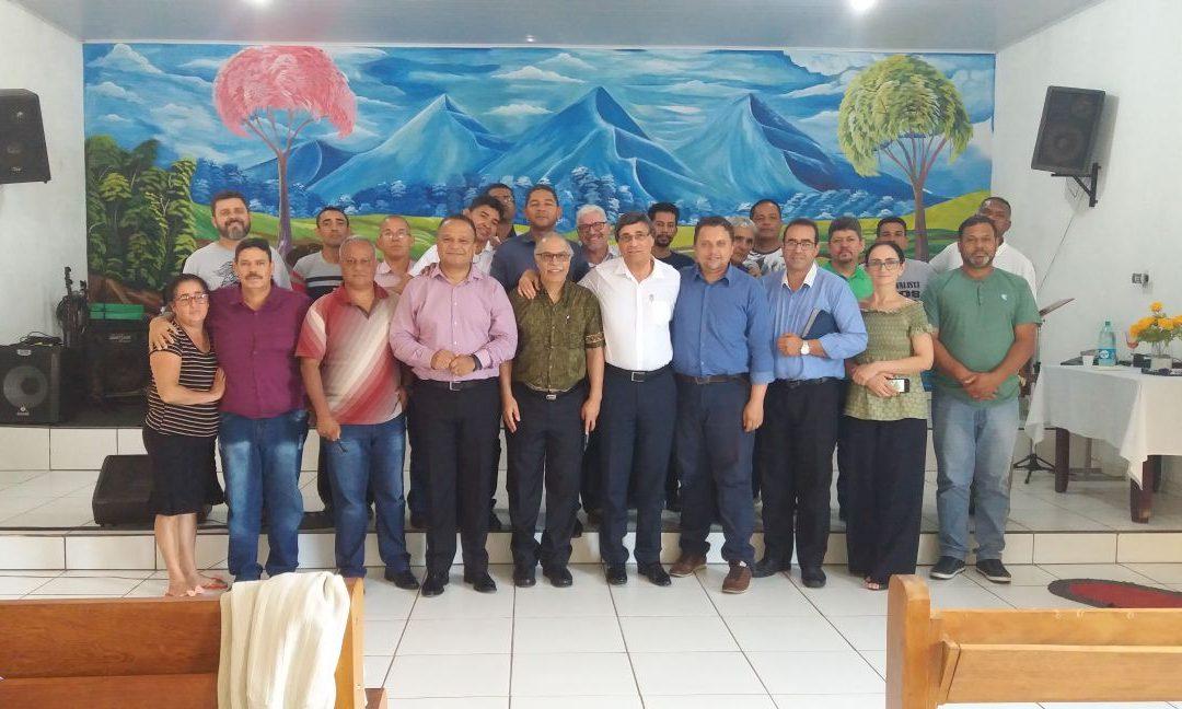 """Reunião com os Pastores da Região """"Brasil Central"""""""