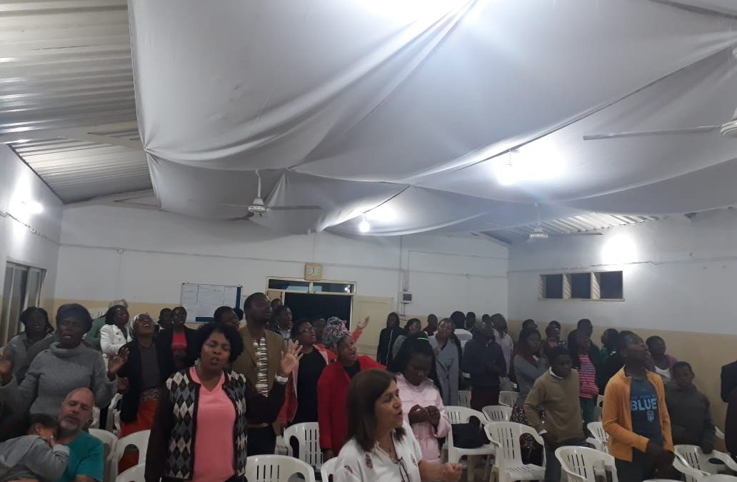 LINDA VIGÍLIA NA IEAB MOÇAMBIQUE-AFRICA